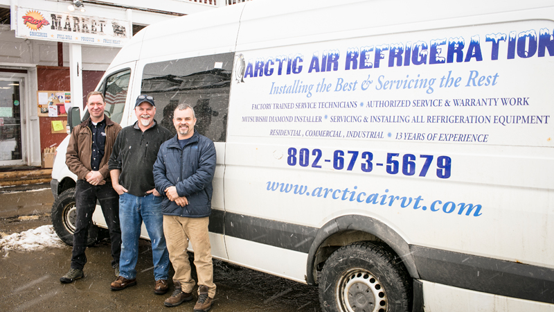 Photo Ray's Market and Arctic Air Refrigeration team