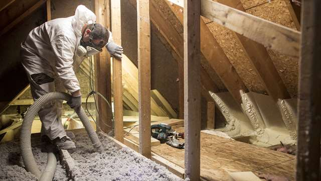 Spray attic insulation
